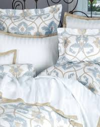How To Fold A Fitted Bed Sheet Luxury Bed Sheets Luxury Bedding Italian Bed Linens