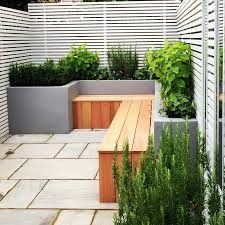 Rear Garden Ideas Small Rear Garden In Fulham With Painted Render Built In
