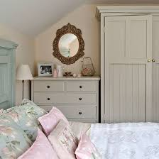 Cottage Bedrooms Ideas Photos And Video WylielauderHousecom - Cottage bedroom ideas