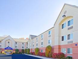 hotels near middlesex county college in edison new jersey