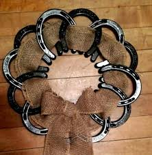 horseshoe wreath 31 epic horseshoe crafts to consider in a vibrant rustic decor