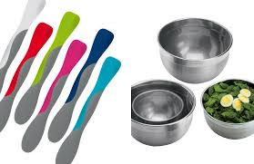 kitchen knives to go how to hold a knife an illustrated guide tbt 10 tools that make cooking a breeze tovolo spatula a good silicone spatula is essential
