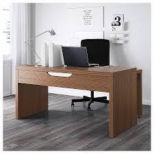 bureau avec tablette coulissante meuble de rangement bureau à rideau panneau coulissant unique malm