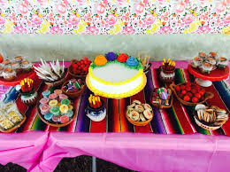 Mexican Themed Decorations Best 25 Mexican Candy Table Ideas On Pinterest Mexican Candy
