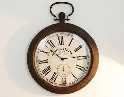 horloge a personnaliser horloge murale aspect vieilli becquet horloges pinterest