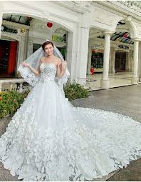 gorgeous wedding dresses gorgeous wedding dresses sweetheart crystals cathedral
