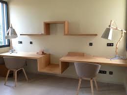 bureau bois design contemporain notre bureau suspendu s te maison contemporaine en bois on