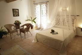 simiane la rotonde chambre d hote chambre d hôtes le bicasson chambre d hôtes simiane la rotonde