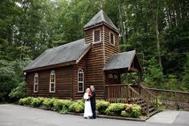 wedding chapels in pigeon forge tn log chapel wedding gatlinburg tn pigeon forge minister photographer