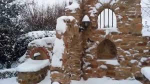 Steine Fur Gartenmauer Gartenmauer Ruine Im Winter Youtube