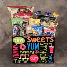 junk food gift baskets junk food junkie basket kremp
