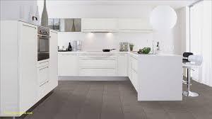 cuisine blanche laquee cuisine équipée blanc laquée élégant cuisine blanche laquée