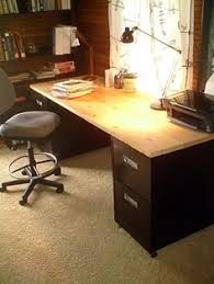 Computer Desk With Filing Cabinet by Diy Desk You Could Make The Top From Old Pallet Wood Look At