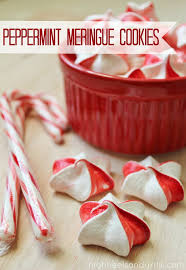 peppermint meringue cookies peppermint traditional christmas