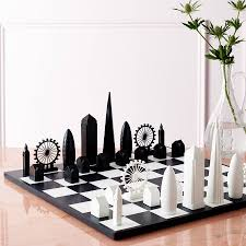 london skyline architectural chess set by skyline games