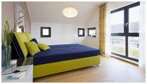 Das Schlafzimmer Clipart Schlafzimmer Braune Wand Mobelplatz Com