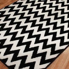 Round Chevron Rug by Chevron Black White Carpet Make The White Wall Fashioned