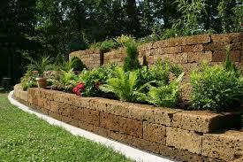 Landscaping Ideas For Backyard 27 Backyard Retaining Wall Ideas And Terraced Gardens