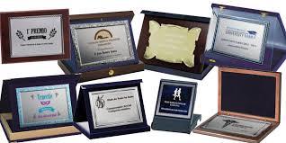 placas 20 tienda de trofeos deportivos personalizados cómo elegir una placa homenaje blog de maxitrofeo