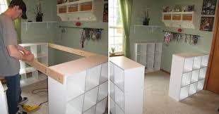 ikea meuble de cuisine comment transformer 3 simples étagères ikea en un superbe meuble de