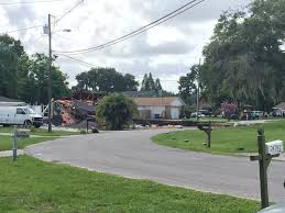 land o lakes sinkhole swallows 2 houses and keeps growing time