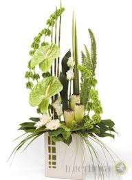 simple flower arrangements with lilies google search flower