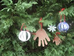 craft 3 ornaments on as we grow
