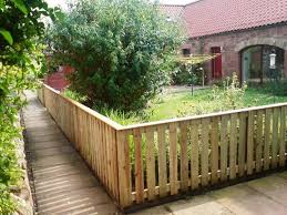 Front Garden Fence Ideas Edinburgh Garden Fencing Company And Fencing Contractor