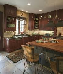 Paint Colors For Kitchens With Cherry Cabinets Best 25 Cherry Cabinets Ideas On Pinterest Cherry Kitchen