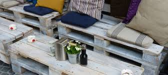 Patio Furniture Pallets by 11 Diy Wood Pallet Ideas To Make Space In Your Apartment