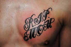 simple text rip mom tattoo for man tattoomagz