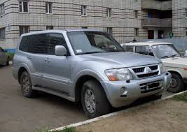 mitsubishi car 2004 2004 mitsubishi pajero pics 3 2 diesel manual for sale