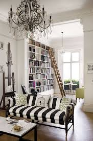 Victorian Style Sofas For Sale by Best 25 Victorian Decor Ideas On Pinterest Victorian Home Decor