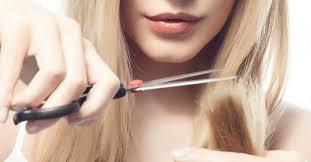 comment se couper les cheveux soi meme comment bien se couper les cheveux seule fourchette