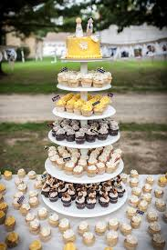 wedding cake places best places for wedding cakes in cleveland cbs cleveland