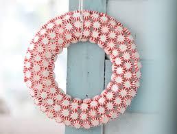 candy wreath beyond just eye candy 12 delightful edible wreaths