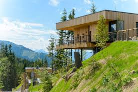 beautiful homes photo gallery 15 hillside homes that know how to embrace the landscape