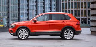 tiguan volkswagen 2017 2017 volkswagen tiguan pricing and specifications photos 1 of 4