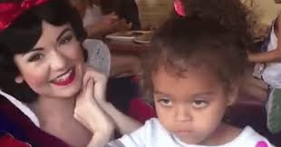 Annoyed Girl Meme - little girl is totally fed up with snow white s nonsense her icy