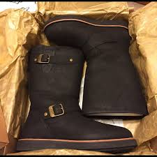 ugg australia s kensington ii free shipping free returns ugg boots australia kensington ii poshmark