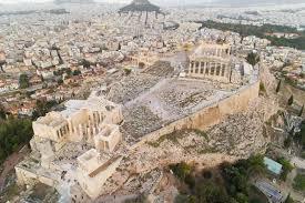 imagenes de antigua atenas acrópolis de la ciudadela antigua de atenas en grecia imagen de