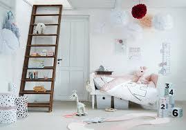 chambre fille blanche chambre blanche idées de décoration capreol us