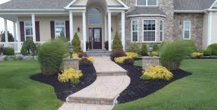 is there a custom landscaping business in long island long
