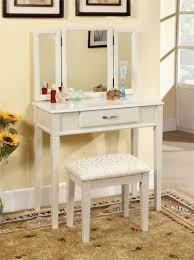 Large Bedroom Vanity Ria White Makeup Table Set White Makeup Vanities And White