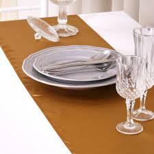 chemin de table mariage chemin de table mariage satin or lot de 5 un jour spécial