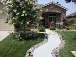 Ideas 4 You Front Lawn Landscaping Ideas To Hide Septic Lids Best 25 Grass Edging Ideas On Pinterest Landscape Edging Deck
