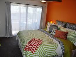 Jonathan Adler Bedroom One Block From Downtown With Mid Century St Vrbo