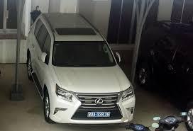 xe lexus nao dat nhat doanh nghiệp tặng hai xe lexus cho tỉnh ủy ubnd tỉnh cà mau