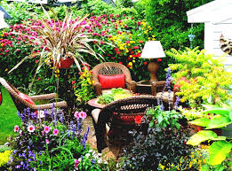 create beautiful garden on your home with flower garden ideas