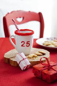 vaisselle petit dejeuner une tasse aux couleurs de noël marie claire